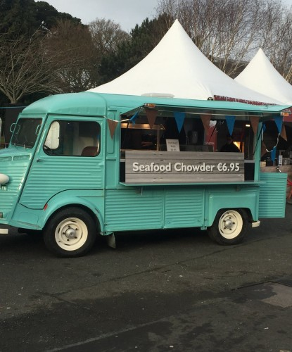Savage+Food+&+Fitzers+Catering+Seafood+Chowder+food+truck+for+an+ourdoor+event